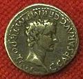 Monetiere di fi, moneta romana imperiale di caligola.JPG