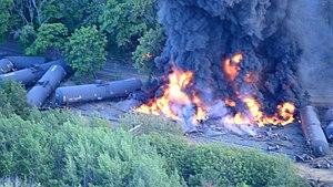 2016 Union Pacific oil train fire - Rail cars burning