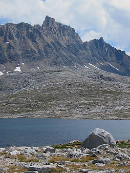 Mt Humphries from Humphries Basin.jpg