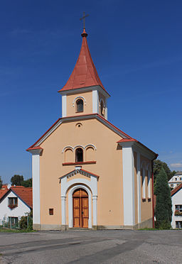Němčice, small church.jpg