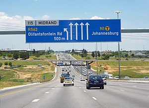 N1 road (South Africa) - The N1 between Johannesburg and Pretoria as part of the Ben Schoeman Highway.