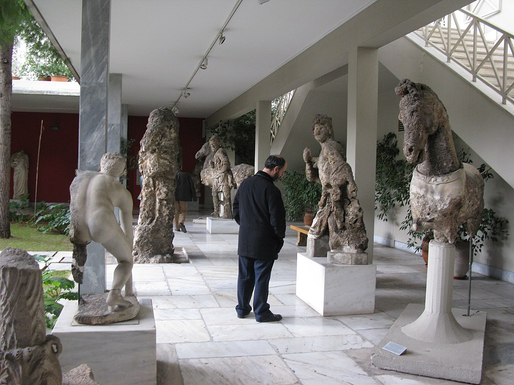 National Archaeological Museum, Athens, Greece (4334609138)