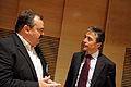 Niels Sindal, medlem av Nordiska radets presidum och Anders Fogh Rasmussen, Danmarks statsminister,samtalar vid Nordiska radets session i Helsingfors 2008-10-28.jpg