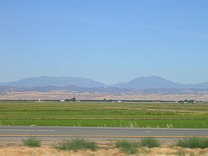 Northbound Interstate 5 California.jpg