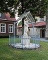 Nottuln, Schapdetten, Marienfigur an der St.-Bonifatius-Kirche -- 2016 -- 3858.jpg