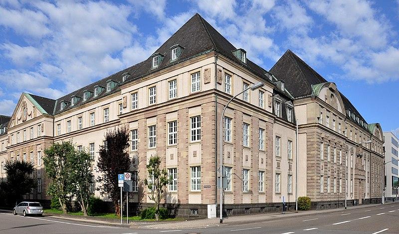 Datei:OLG und LG Saarbrücken.jpg
