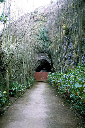 Hohlgangsanlage tunnels, Jersey - This rail tunnel formed the entrance to Ho5