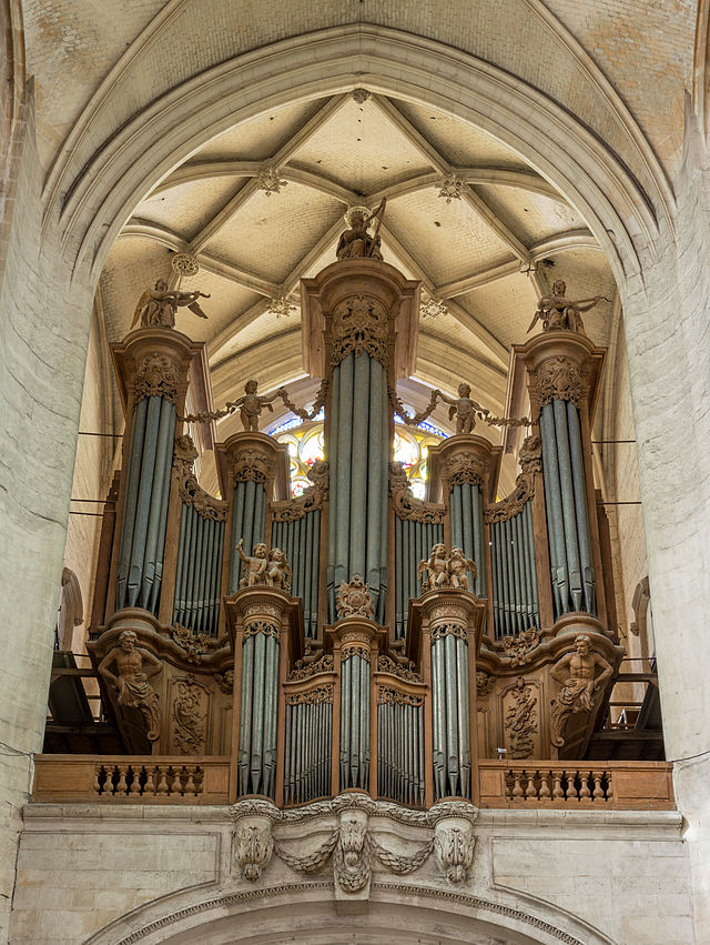 Bon Dimanche 640px-Organ_of_Troyes_Cathedral_20140509_2