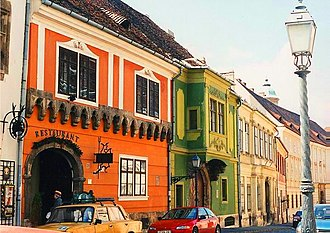 Buda - Image: Orszaghaz utca