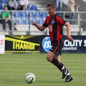 Pál Dárdai - Dárdai playing for Hertha in 2009