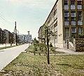Pécs, Uránváros, Esztergár Lajos utca, jobbra a Radnóti Miklós Szakközépiskola. Fortepan 21221.jpg