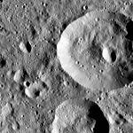 PIA20673-Ceres-DwarfPlanet-Dawn-4thMapOrbit-LAMO-image93-20160107.jpg