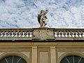 Palazzo Vescovile statua Brescia.jpg