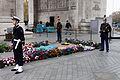 Paris - Arc de Triomphe de l'Etoile - Cérémonie du 11 novembre 2011 - 006.jpg