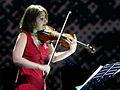 Patricia Kopatchinskaja Verleihung Geige bei Musikpreis.jpg