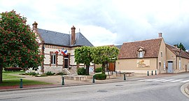 The town hall in Paucourt