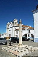 Pelourinho do Redondo - Portugal (4924848636).jpg