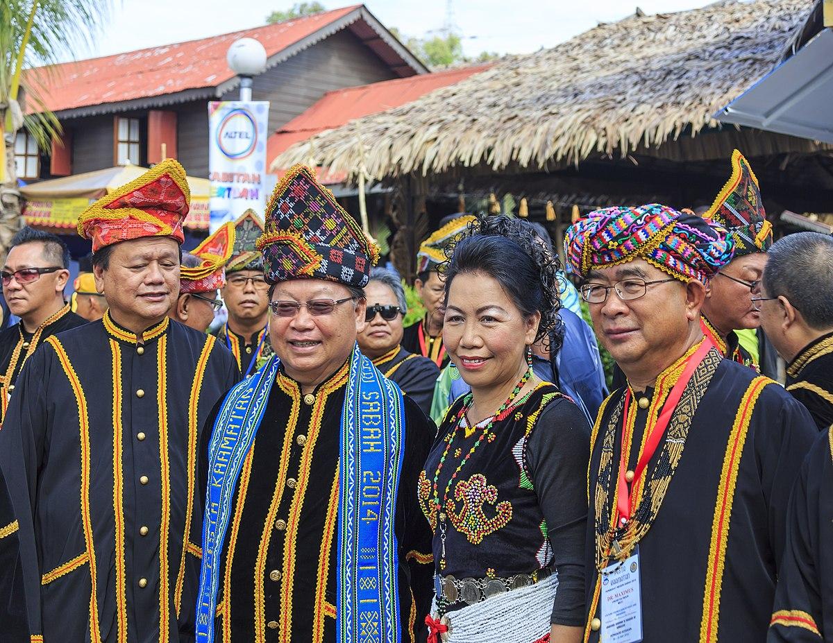 Kadazan people - Wikipedia
