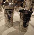 Perù, chimù, bicchiere antropomorfo, XIV-XV sec, argento sbalzato 05.JPG