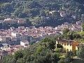 Pescia vista da Uzzano Castello - panoramio.jpg