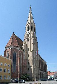 Pfarrkirche Neuötting-2.jpg