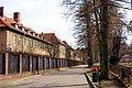 Południowy płot Zespołu Szkół Ponadgimnazjalnych nr 1 im. Kresowiaków w Bartoszycach przy ulicy Limanowskiego. Są to dawne przedwojenne koszary Waffen SS (Ludendorff Kaserne). - panoramio.jpg