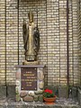 Podlaskie - Krynki - Krynki - Nowa 1 - Kościół św. Anny - Front wejście - figura JPII - front.jpg