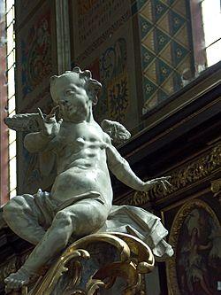 Rzeźba szpetnego anioła w katedrze