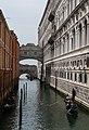 Ponte dei Sospiri, Seufzerbrücke Venedig, Italien.jpg