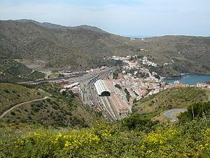Portbou - Image: Portbou
