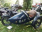 Praga BD 500 DOHC (1930) with sidecar - left.jpg