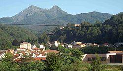 Pray panorama sfondo monte barone.jpg