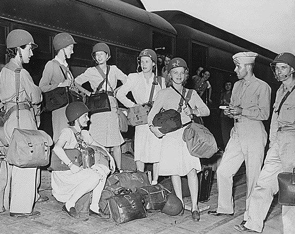 Public Domain World War II Correspondents (NARA)