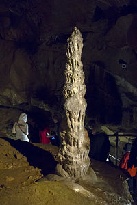 Punkevni jeskynie03(js).jpg