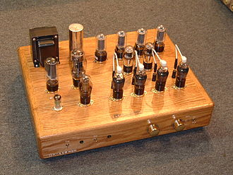 Valve amplifier -  A pre-amplifier design using all power tubes instead of small signal tubes