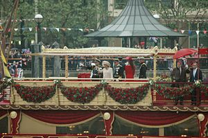 Queen Elizabeth II Thames Royal Pageant.jpg