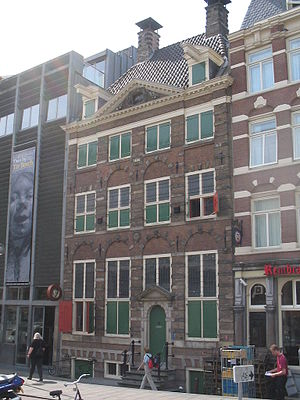 Saskia van Uylenburgh - Rembrandthuis, Jodenbreestraat, Amsterdam. This house, next to Saskia's cousin's gallery, is now the Rembrandt House Museum.