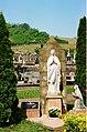 Remerschen (Schengen), the churchyard.jpg