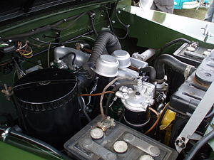 Land Rover engines - A 2-litre diesel fitted to a Series I Land Rover. This engine has been restored in a non-original colour scheme.