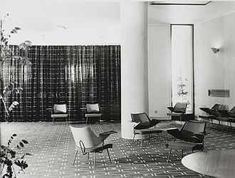 Robin Day (designer) - Royal Festival Hall Lounge Chairs in foyer, 1951