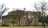 Runnels courthouse 2009.jpg