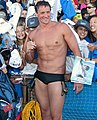 Ryan Lochte signs autographs (8991462010) (cropped2).jpg
