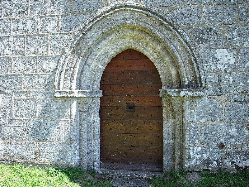 Saint Frion, chapelle Fontfeyne, portail