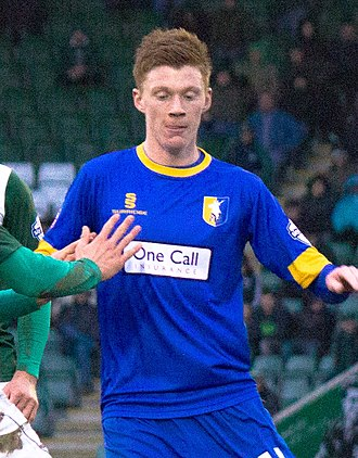 Sam Clucas - Clucas playing for Mansfield Town in 2014