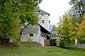Sankt Urban Schloss Bach West-Ansicht 14062006 11.jpg