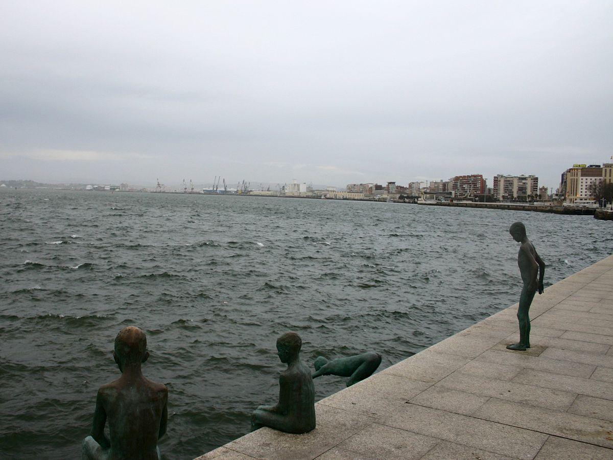 Santander.Estatua.Lor.Raqueros.jpg