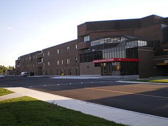 Saunders Secondary School - Image: Saunders Secondary 091608