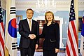 Secretary Clinton Shakes Hands With Republic of Korea Foreign Affairs and Trade Minister Kim Sung-Hwan (5239738834).jpg