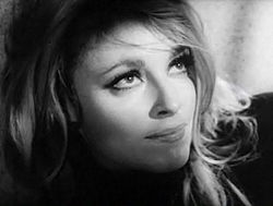 Sharon Tate in Eye of the Devil trailer 4.jpg