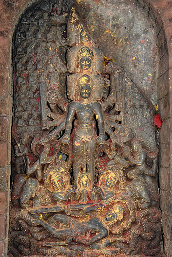 English: Vishnu Vishvarupa - 9th century Chang...
